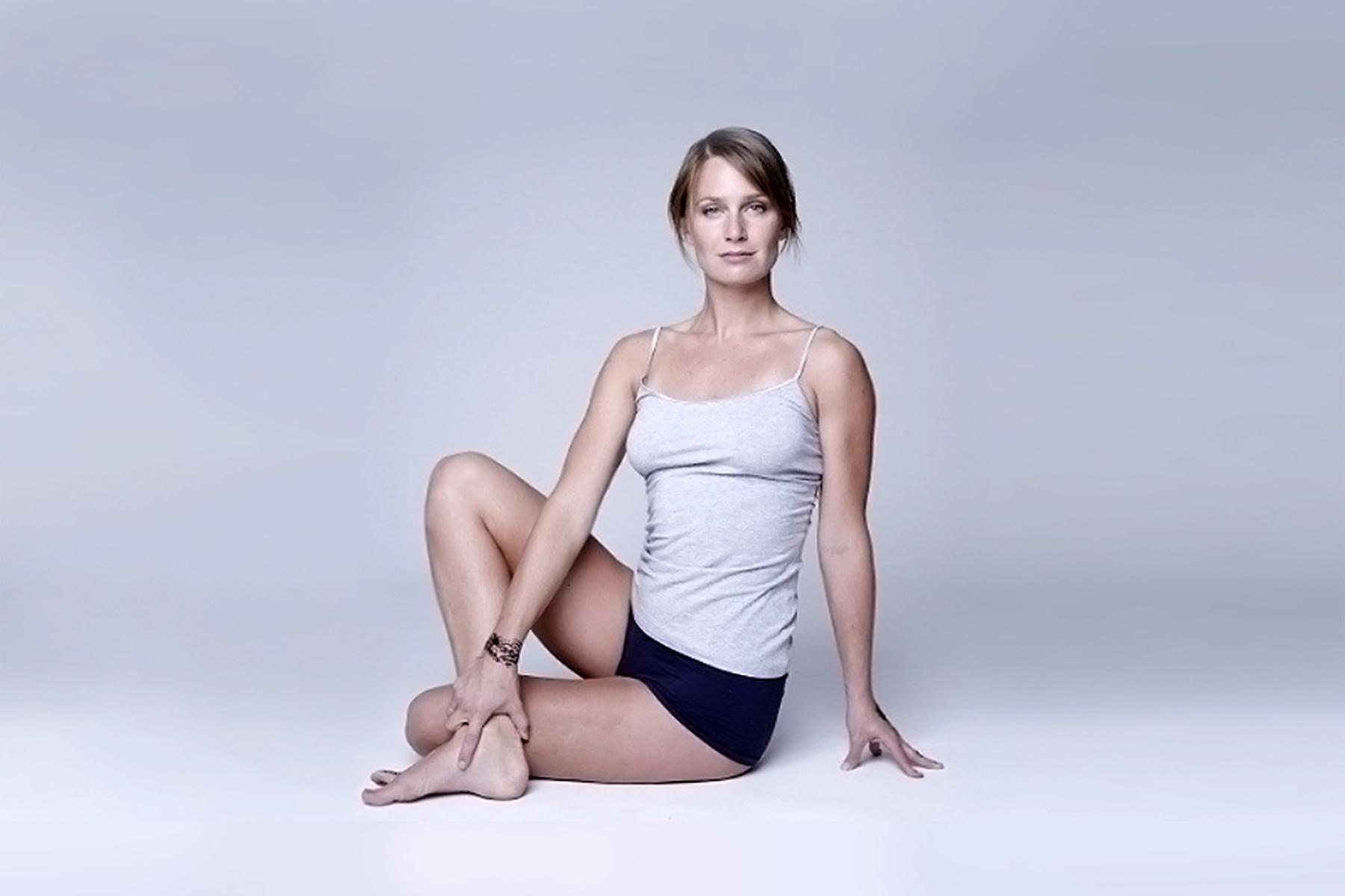 Kurs_vinyasa-flow-yoga_Stine_Lethan